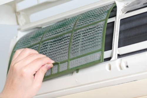 Hướng dẫn vệ sinh máy lạnh tại nhà